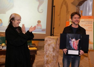 Vincitore Premio Emanuele Luzzati XVI edizione: Paolo Domeniconi con il libro 'Nino e Nina tutto l'anno' - Fatatrac